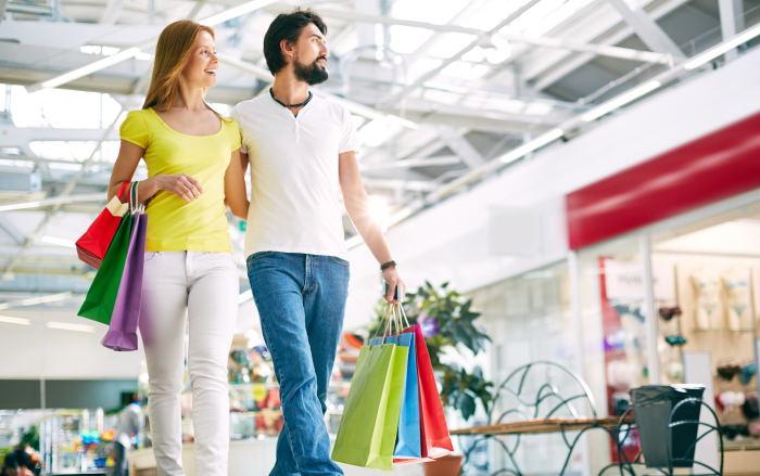 salir de compras en pareja