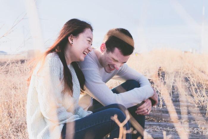 hacer que tu pareja sea más optimista